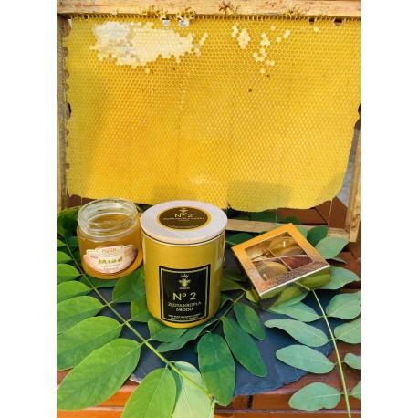 Świeca z wosku pszczelego No 2 - ZŁOTA KROPLA MIODU